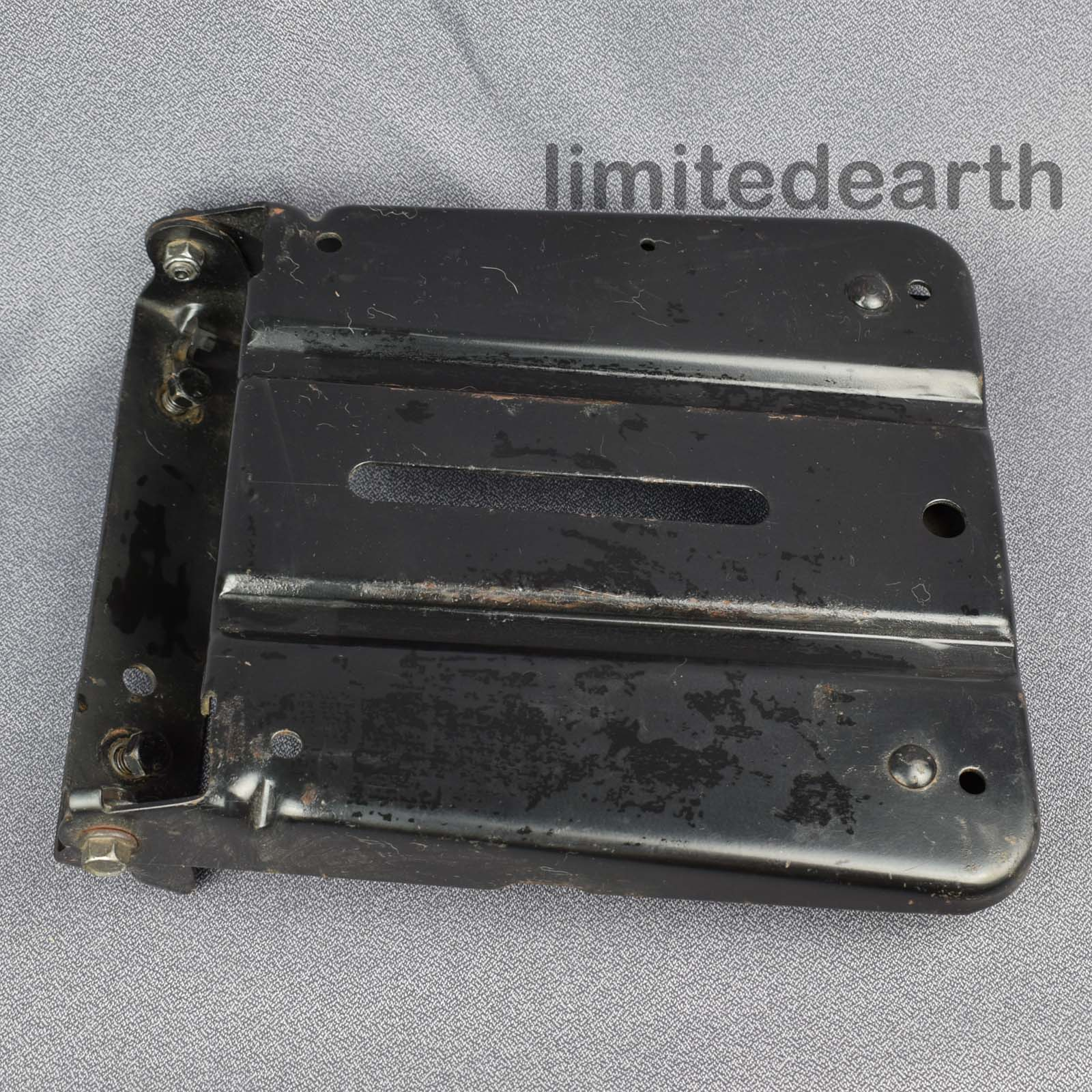 Details about Craftsman AYP riding mower seat pan 140552 155925 195530  brackets safety switch